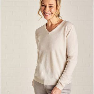 Woolovers Cashmere and Merino V Neck Sweater